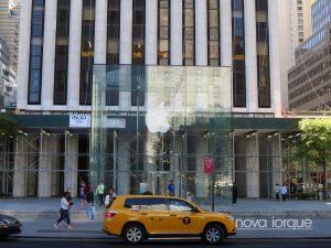 Apple Fifth Avenue
