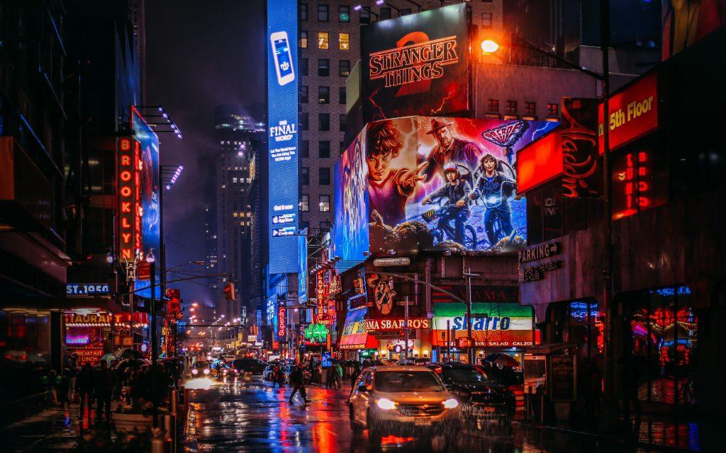 A Broadway exigirá que o público mostre prova de vacinação quando retornar neste outono